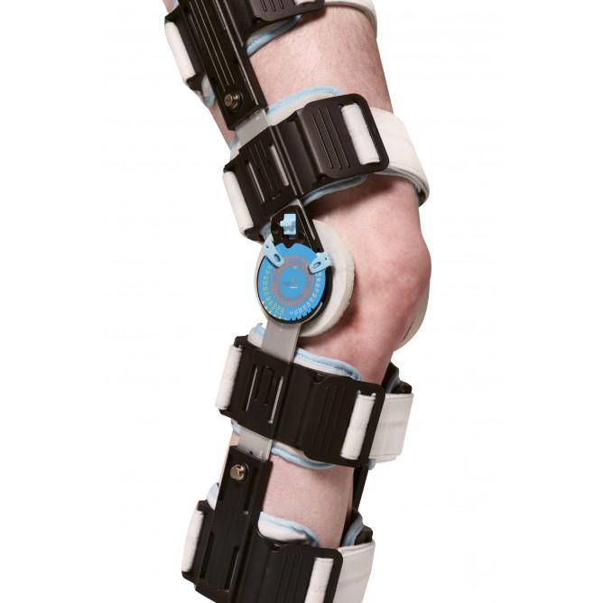 Шарнирный бандаж (ортез) на колено с регулируемой фиксацией WellCare 52003